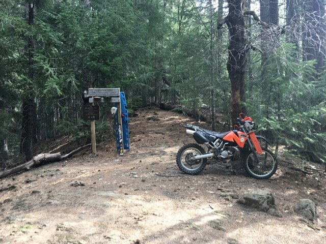 Prototype chainsaw rack, BIG THANKS TO CAMERON FALCONER!!! This thing allows us to cover so much more trail with minimal fatigue.